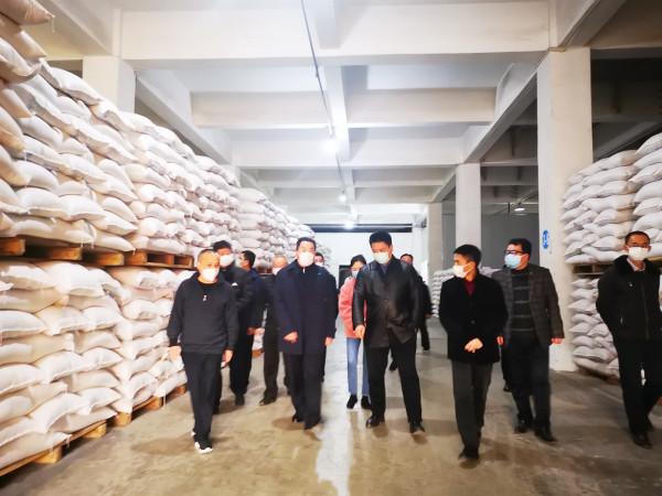 泸州市委书记刘强同志2020年新冠肺炎防疫期间在金土地视察指导工作